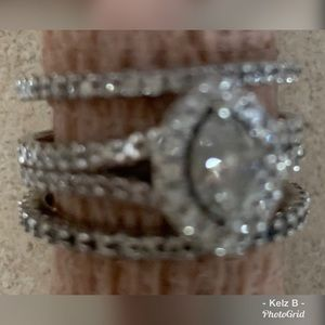 Jewelry - Diamond 💍 Ring